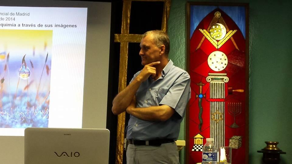 Conferencia  sobre la simbología de la alquimia usada en grabados antiguos